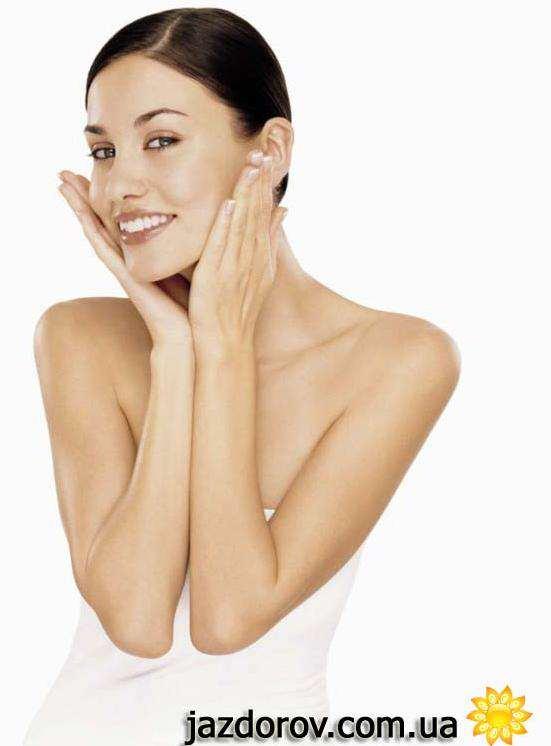 Догляд за шкірою обличчя влітку