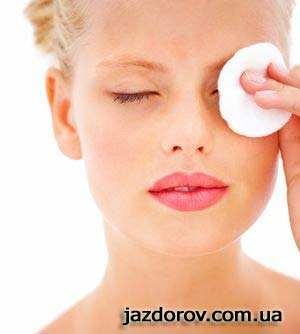 Домашні тоніки для чутливої шкіри