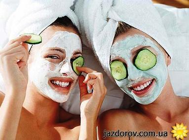 Огіркова ліфтинг-маска для обличчя